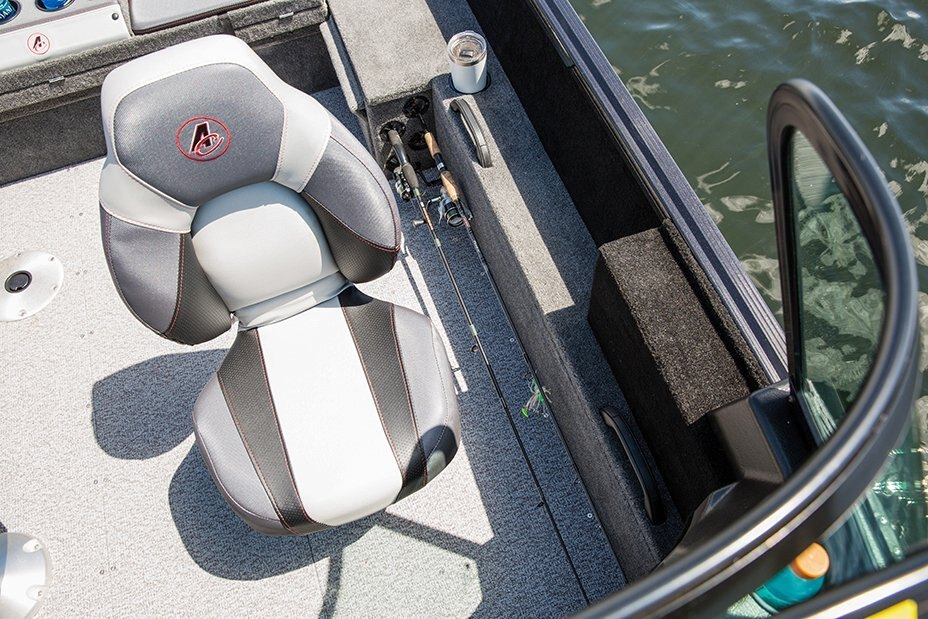 2021 Alumacraft boat for sale, model of the boat is Competitor 165 Sport & Image # 11 of 20