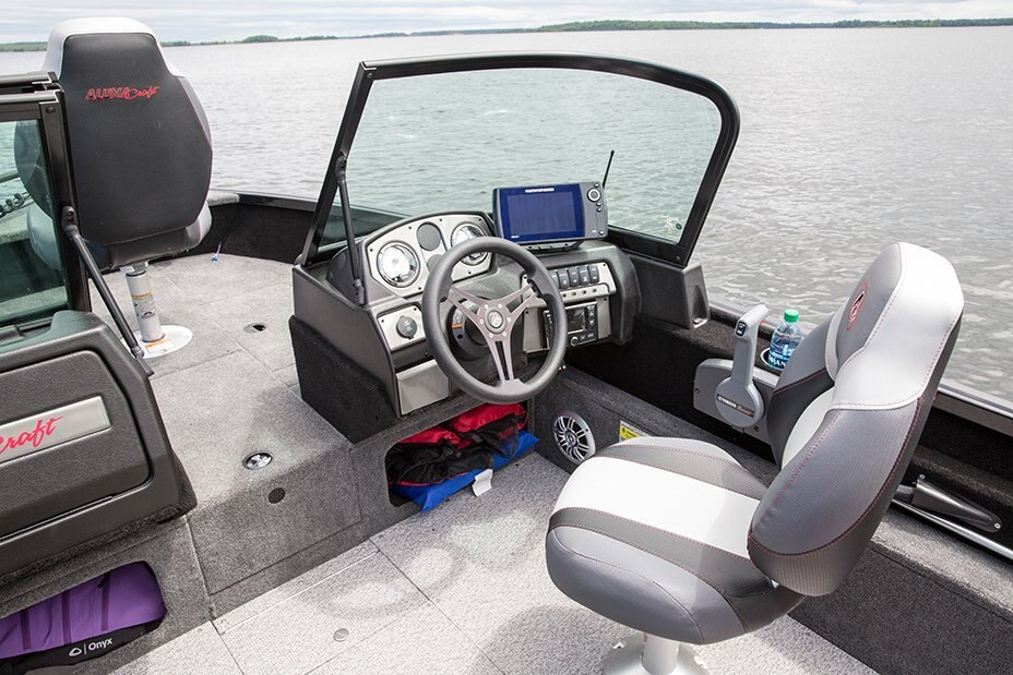 2021 Alumacraft boat for sale, model of the boat is Competitor 165 Sport & Image # 8 of 20