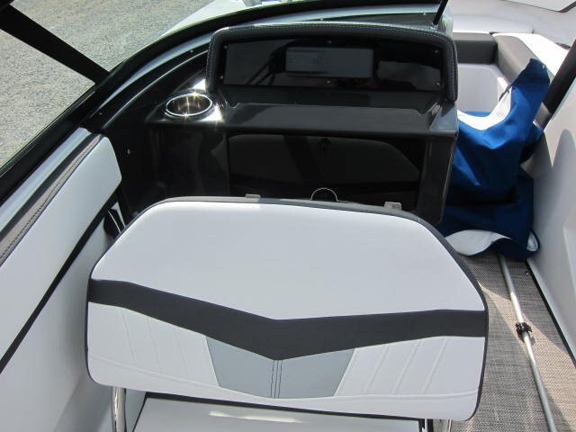 2022 Monterey boat for sale, model of the boat is M205 & Image # 4 of 9